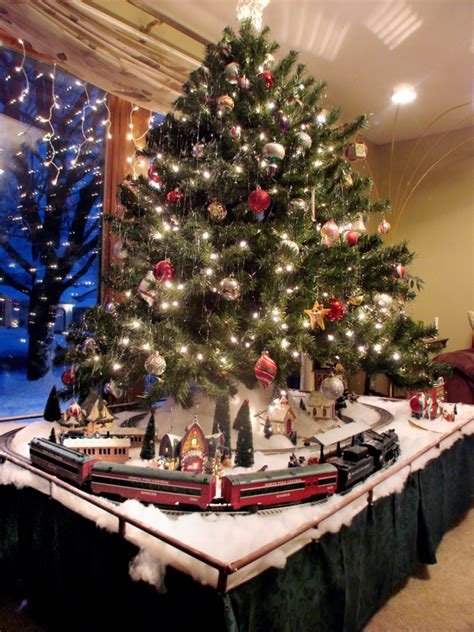 Build an easy Christmas layout | Classic Toy Trains Magazine