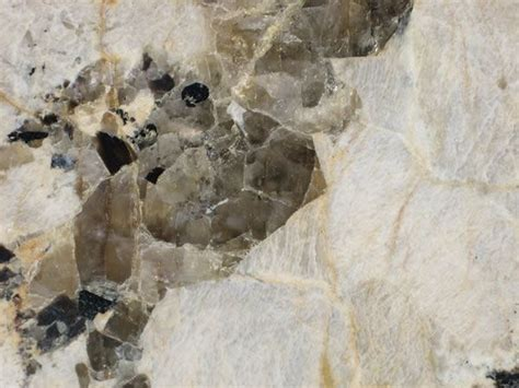 Granite: Igneous Rock - Pictures, Definition & More