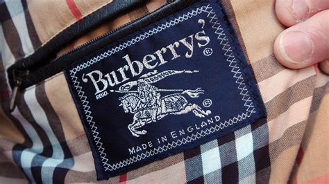 Castleford's Burberry factory 'to make 100,000 surgical