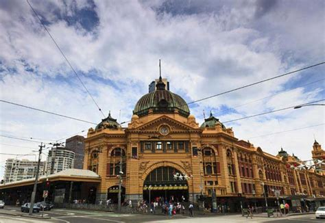 Flights from Newcastle to Melbourne with CarltonLeisure