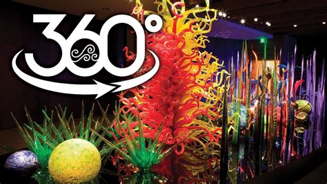 Tour of the Captivating Chihuly Collection in St